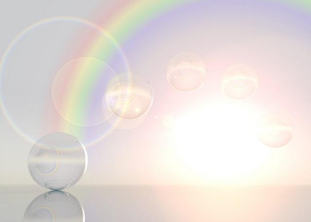 虹とガラスの球体